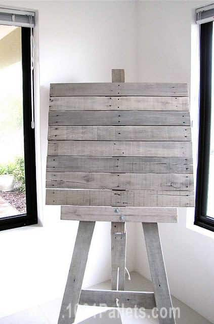 Easel From Recycled Pallet Slats Other Pallet Projects