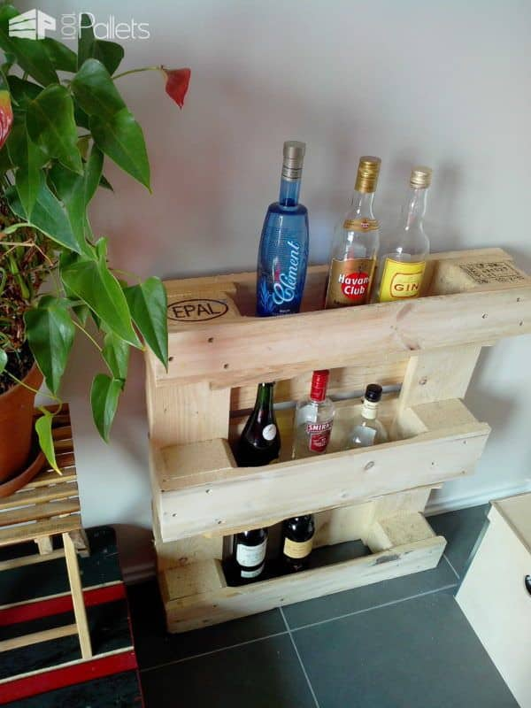 Small And Simple Pallet Bar DIY Pallet Ideas Pallet Furniture