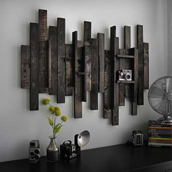 Wall Decor Idea From Pallet Wood